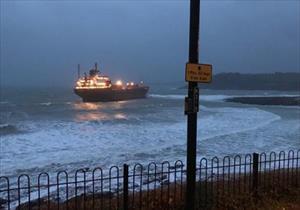 Tàu hàng chục nghìn tấn Nga mắc cạn trên bờ biển Anh