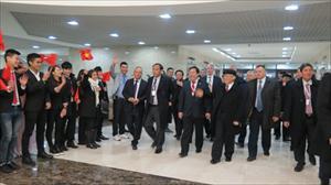 TBT Nguyễn Phú Trọng gặp gỡ bà con cộng đồng VN tại LB Nga