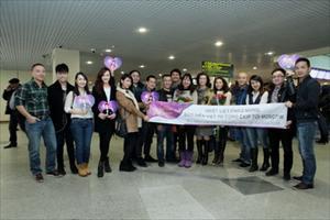 Đạo diễn Việt Tú và MC Diễm Quỳnh cùng ê-kip sản xuất đã tới Mátxcơva