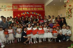 TTMN Thần Đồng Á-Âu: Mừng ngày bé đến trường