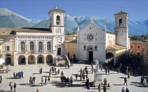 Nhờ kiên cố hóa, một thị trấn cổ Italy trụ vững trước động đất