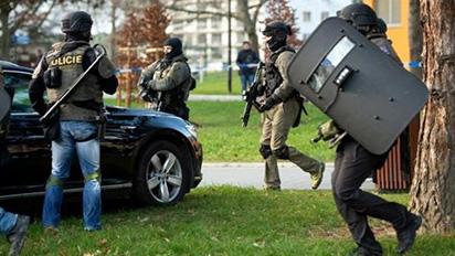 CH Séc: Xả súng giữa bệnh viện, 6 người mất mạng