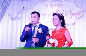 Tự Long – Từ diễn viên Chèo đến diễn viên Hài nổi tiếng