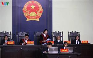 Ông Phan Văn Vĩnh chịu án 9 năm tù, cao hơn mức VKS đề nghị