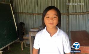 Cậu bé gốc Việt quyên tiền xây trường ở Quảng Nam