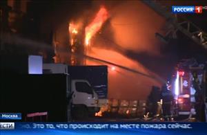 Moskva: Biển lửa ở khu nhà kho phía Tây Bắc thành phố