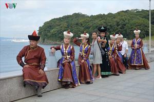 """Chùm ảnh: Triển lãm """"Con đường Viễn Đông"""" tại Vladivostok (Nga)"""
