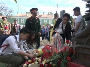 """Hội thảo """"Hồ Chí Minh và 100 năm Cách mạng Tháng 10 tại Nga"""""""