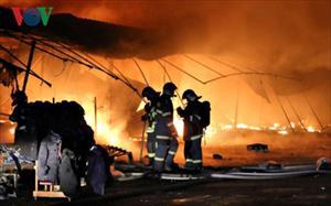 Cháy lớn tại chợ của người Việt ở Séc