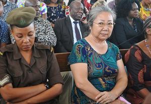 """""""Nữ hoàng ngà voi"""" Trung Quốc lãnh án ở châu Phi"""
