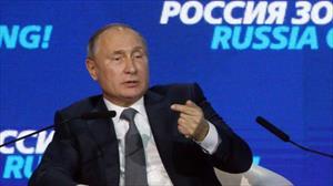 """Ông Putin nói Mỹ """"tự bắn vào chân"""" khi hạn chế thương mại với Nga"""
